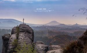 Das Gipfelkreuz - Elbsandsteingebirge